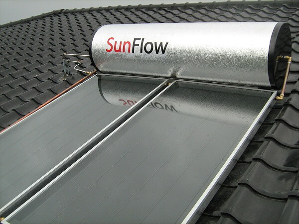 Flat plate collector for the solar hot water heater
